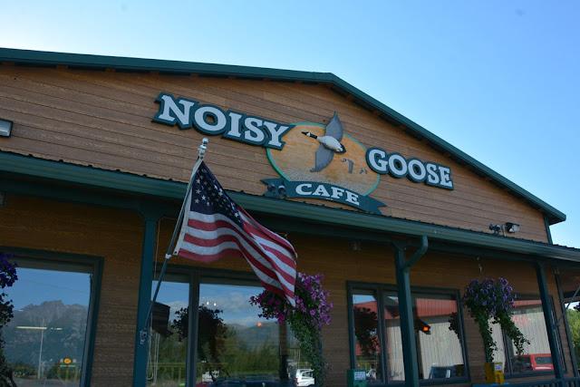 Noisy Goose Cafe Palmer