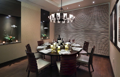 Example of Modern Dining Room with Flower Space