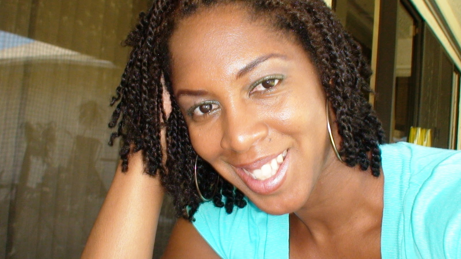 HOW TO CARE FOR COILY HAIR: Using Two Strand Twists To