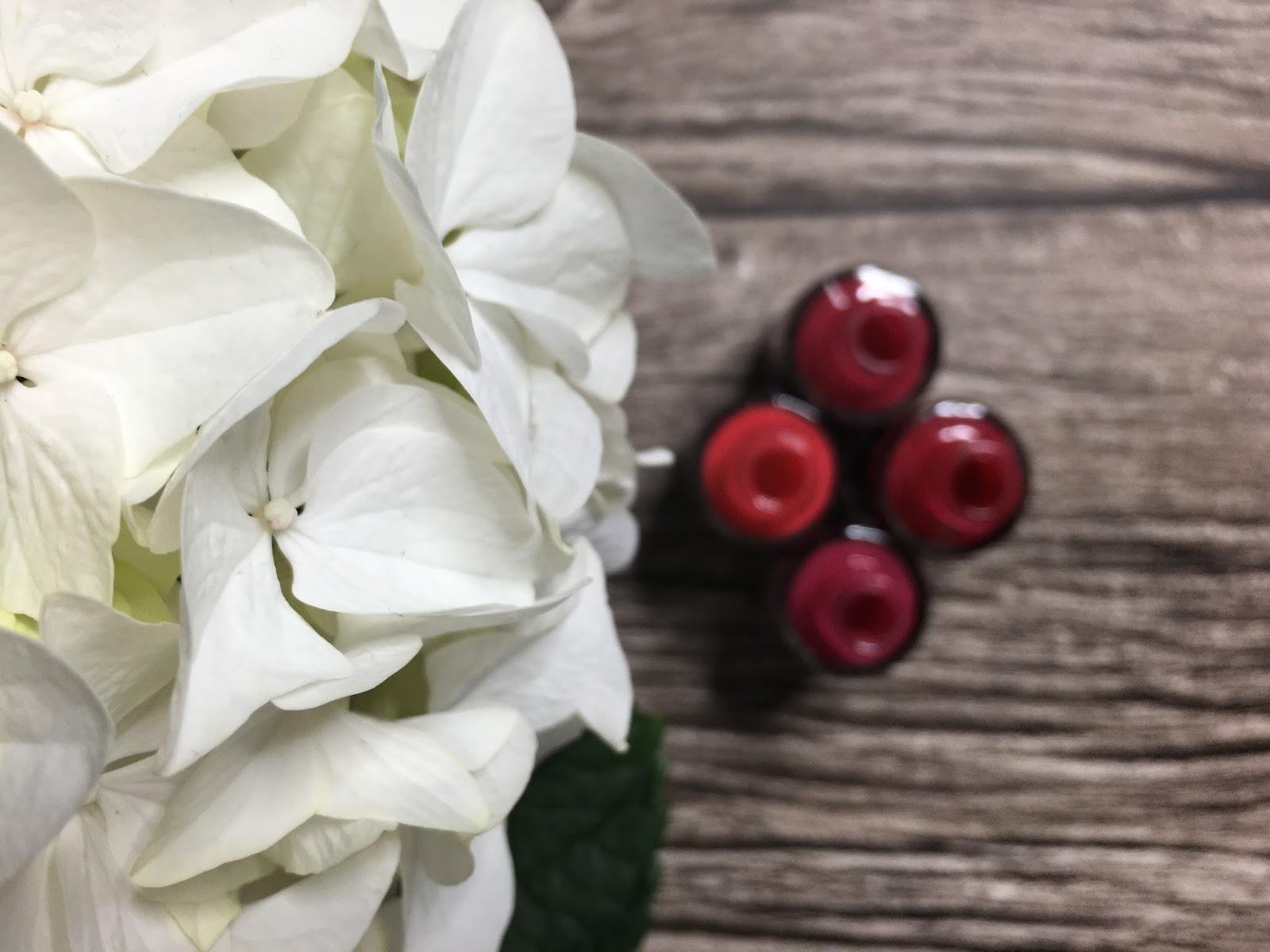 Różowe paznokcie na wiosnę od Semilac