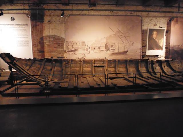 Barco del siglo XVIII (Museo de Suomenlinna) (Fortaleza de Suomenlinna) (Helsinki) (@mibaulviajero)
