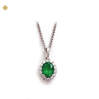 Mặt dây chuyền đá ngọc bảo lục hình elip đính kim cương