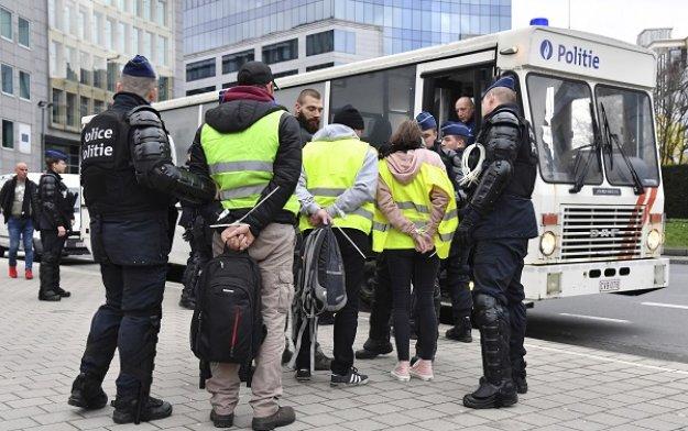 Συλλήψεις «κίτρινων γιλέκων» και στο Βέλγιο