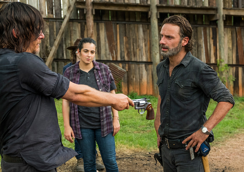 "walking dead essay word Walking dead essay walking dead short write the article ""walking dead"": still a white patriarchy explains the problems with racism and sexism in the show ""walking dead"" it's first example is the child in the show named carl."