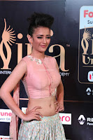 Akshara Haasan in Peachy Crop Top Choli Skirt at IIFA Utsavam Awards 29.JPG