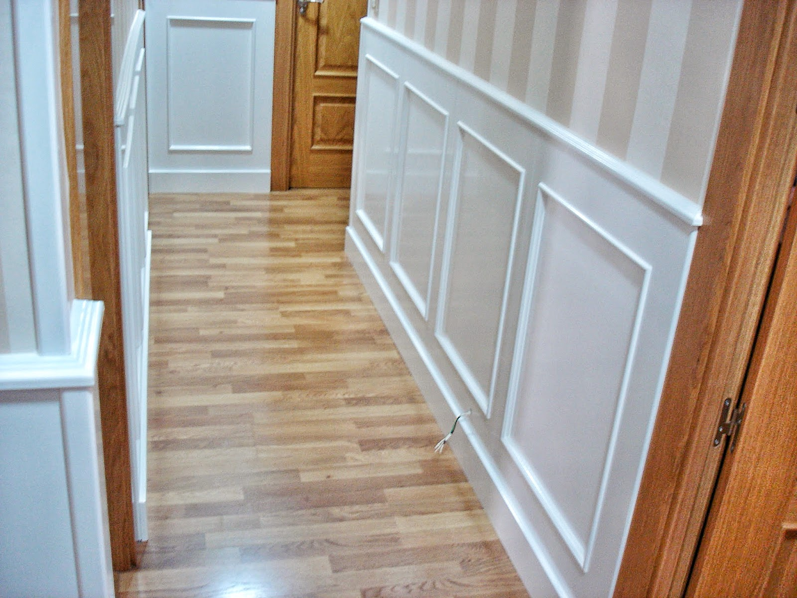 Carpinteria sevilla z calo de cuarterones lacado - Zocalos para escaleras ...
