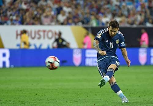 Mỹ 0 - 4 Argentina: Siêu sao rực sáng thẳng tiến chung kết
