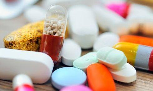 Rischi degli acquisti online di farmaci e prodotti medicali contraffatti