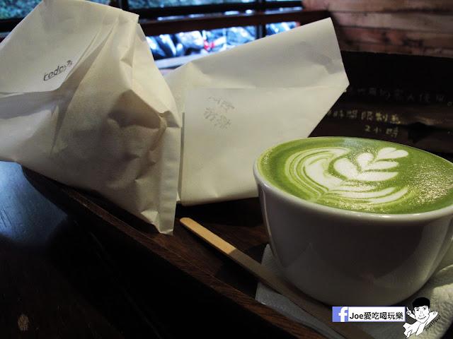 IMG 2612 - 【台中甜點】 - 來自東京的美味甜甜圈,每個甜甜圈都是現作以及限量的!!!所以要吃限量以極限定的要早點來喔!!