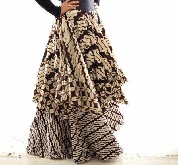 Model Rok Batik Panjang Modern Untuk Pesta Terbaru