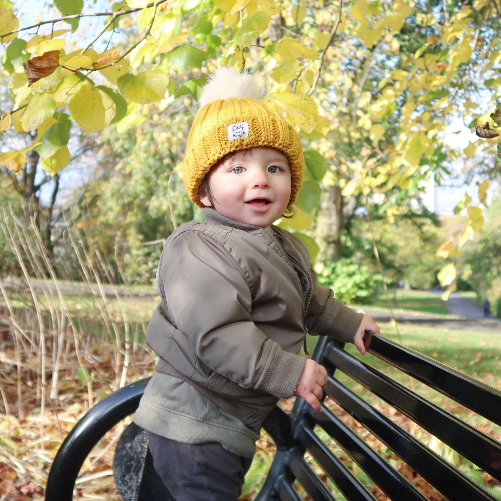 AUTUMN BABY PHOTOSHOOT UK
