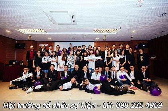 Hội trường tổ chức trao giải sinh viên xuất sắc tại hà nội