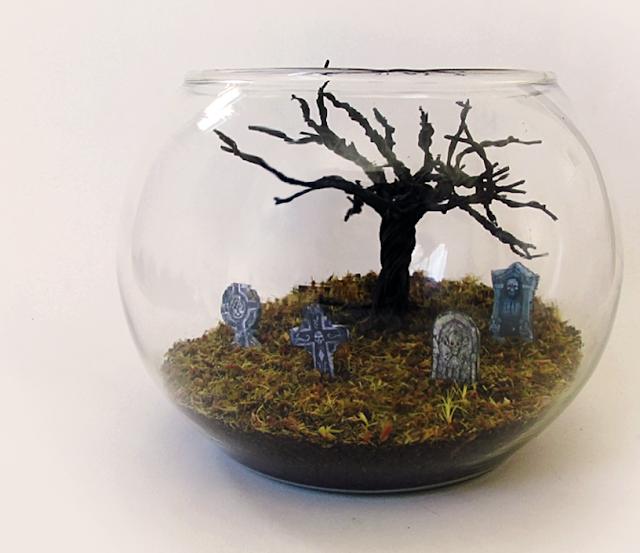 DIY: CEMITÉRIO MINIATURA - Terrário Árvore Morta para Maquetes