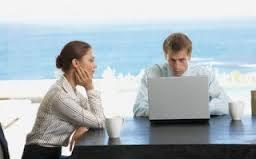 pacar lebih mementingkan kerja
