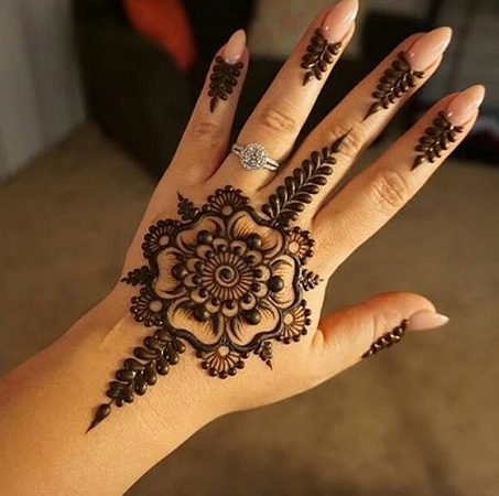 Beautiful Kids Mehndi Designs