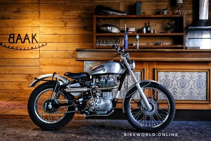 Royal Enfield Bullet Trials 350 500 Vs Classic 350 500 Bikeworld