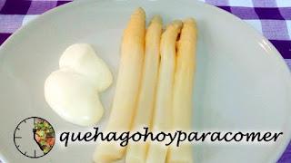 Espárragos Blancos Con Mayonesa.