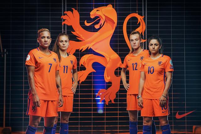 Nuevo-escudo-leon-femenino-equipos-de-futbol-holandes