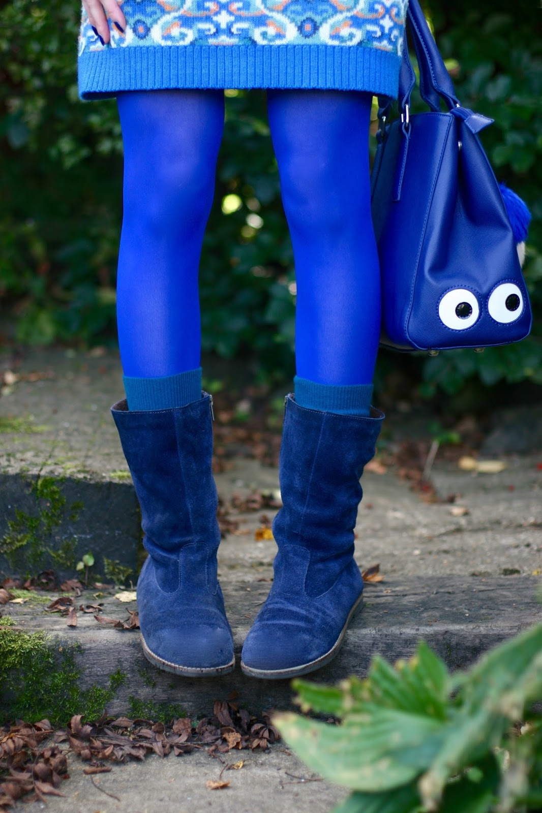 Blue Tights | Fake fabulous