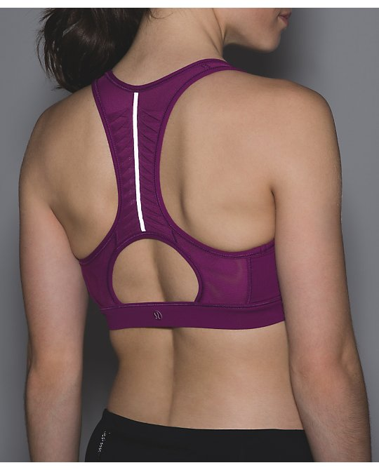 lululemon making-moves-bra