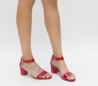 sandale rosii de vara cu toc mic gros simple
