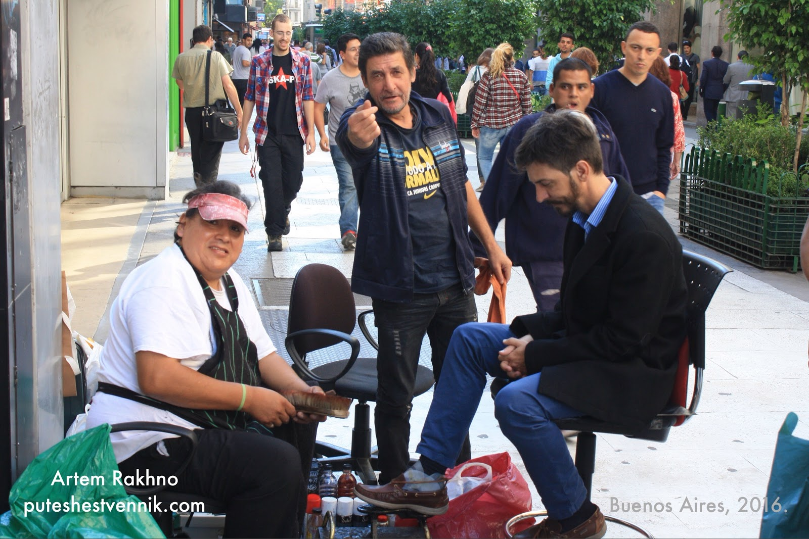Чистильщик обуви в Буэнос-Айресе