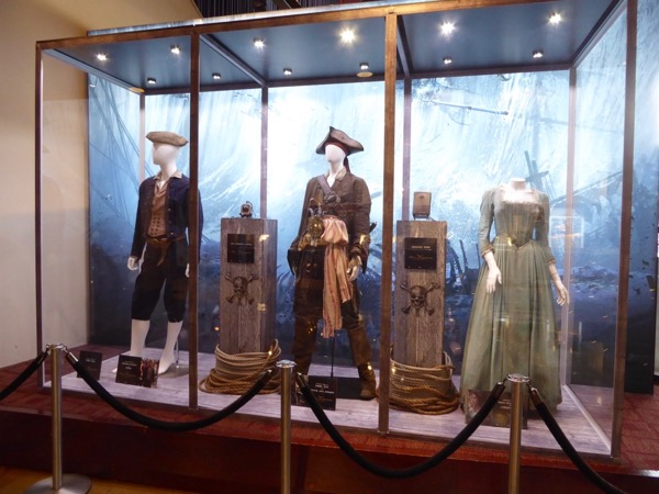 Pirates Caribbean Dead Men Tell No Tales movie costumes