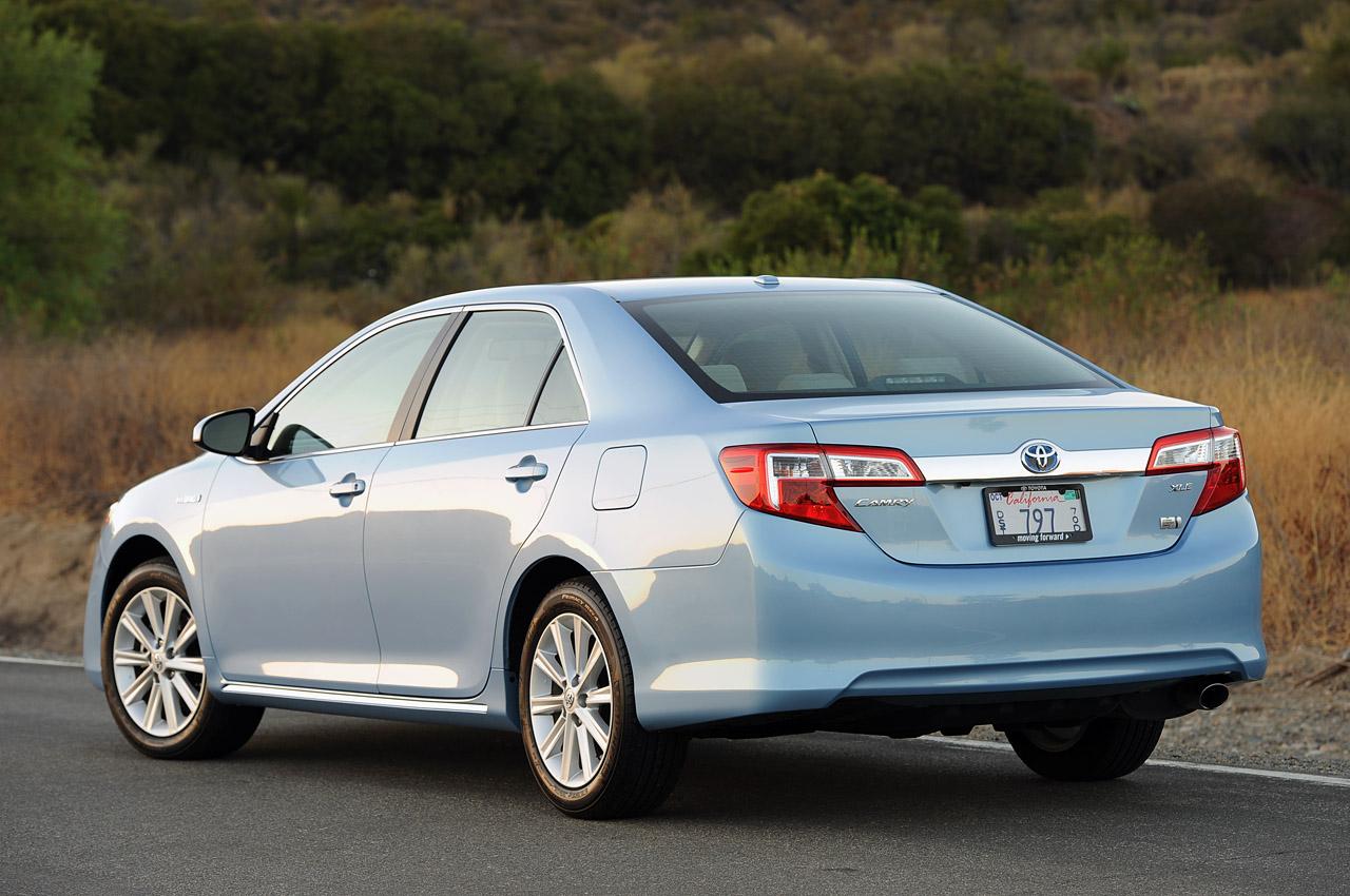 Car Reviews Toyota Camry 2013