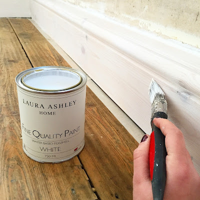 laura ashley white eggshell on skirting boards