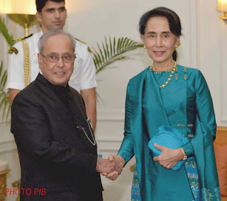 India will support Myanmar in order to set up democratic institutions: President