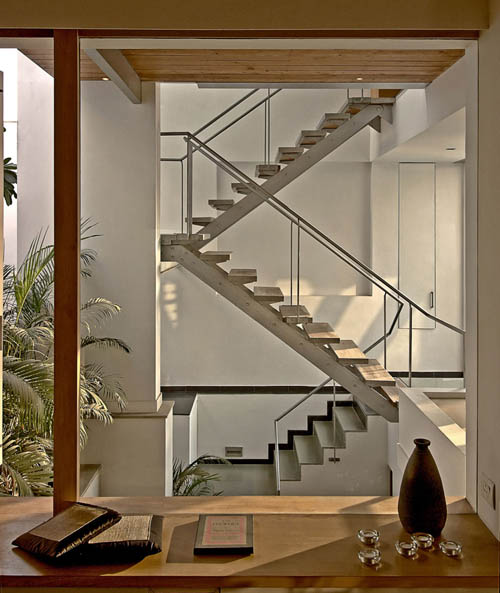New home designs latest modern homes stairs designs ideas for Escaleras para 3 pisos