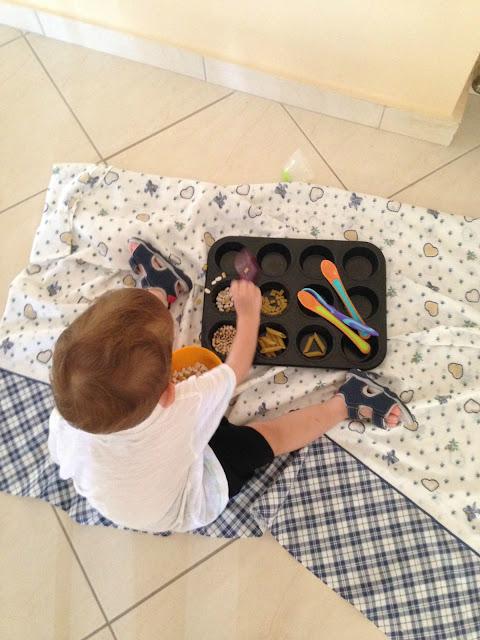 παιχνίδια με ζυμαρικά κι όσπρια