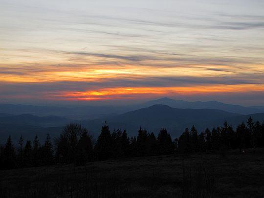 16:14 - czas zachodu słońca.
