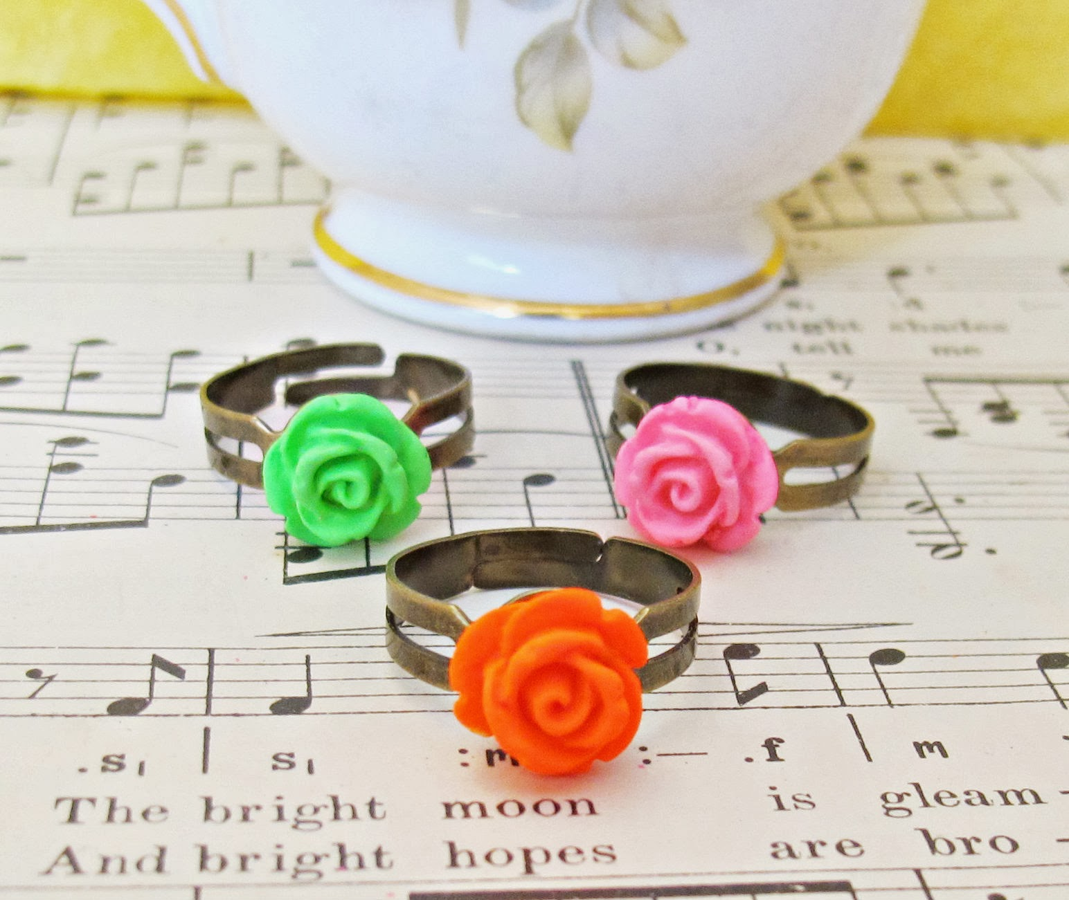 image neon flower ring set women teens jewellery two cheeky monkeys giveaway