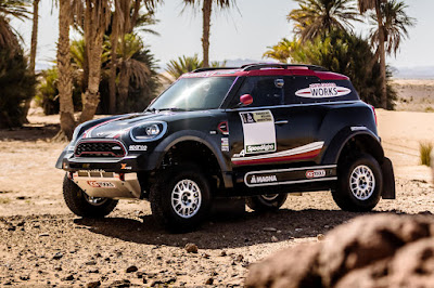 Mini John Cooper Works Rally 2017 Front Side 1