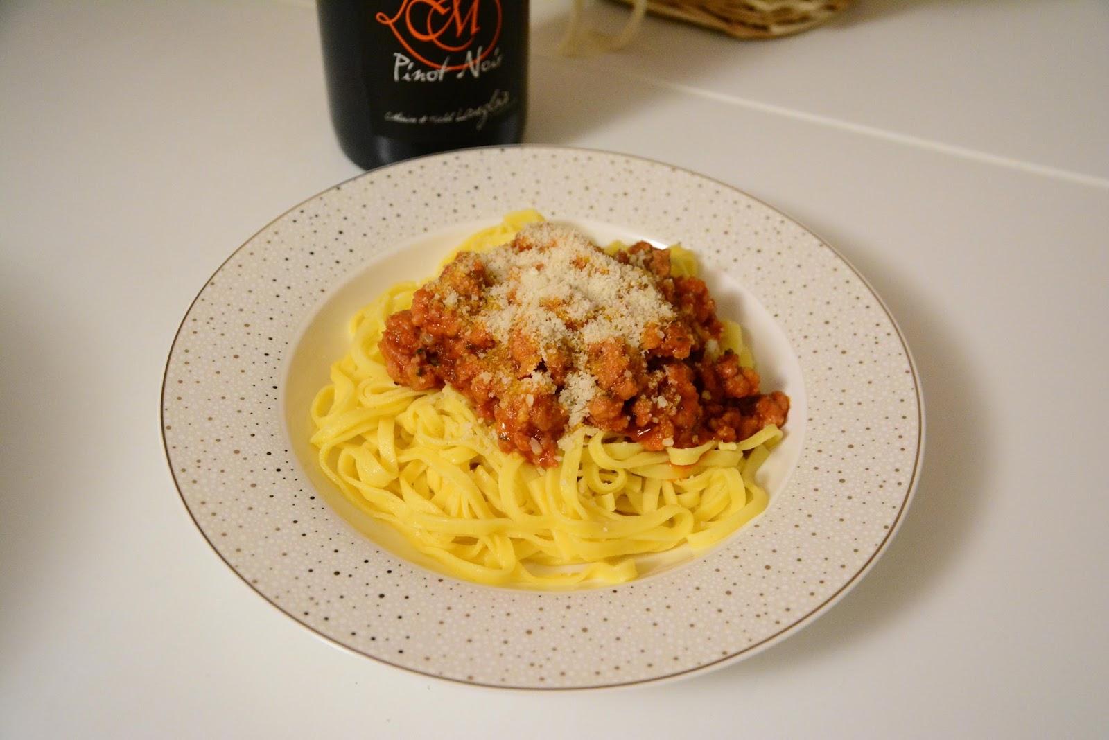 Spaghettoni bolognaise