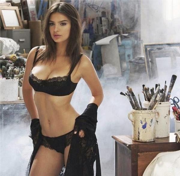 She Look Book: Emily Ratajkowski for Yamamay lingerie ...