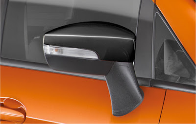 2016 Ford EcoSport Black Signature Edition side mirror
