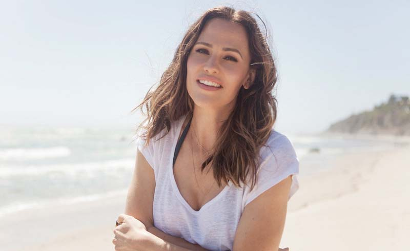 The Secret to How Jennifer Garner Looks So Young