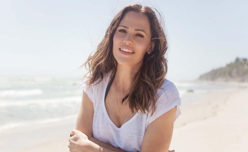 The Secret to How Jennifer Garner Looks So Young