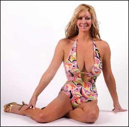 Sarah Burge Nude 75