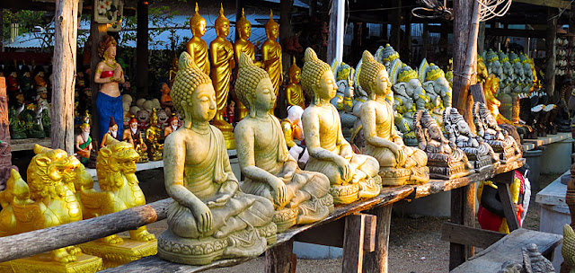 Thai Buddha Statues on sale