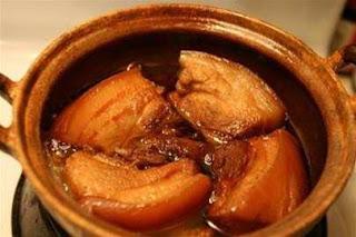 Món ăn ngon với thịt kho tàu