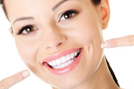 Inilah Cara Membersihkan Karang Gigi Secara Alami Dengan Bahan Alami