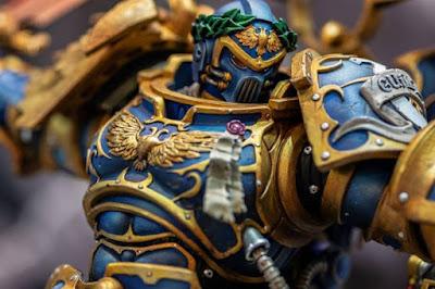 "Guilliman Vs Chaos Marine de "" Warhammer 40000"" - HMO Statues"