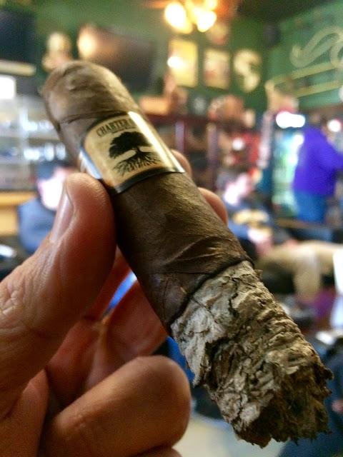 Foundation Charter Oak Grande cigar 5
