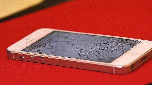 """La """"enfermedad táctil"""" que desarma los móviles: Es muy probable que su iPhone 6 también muera"""