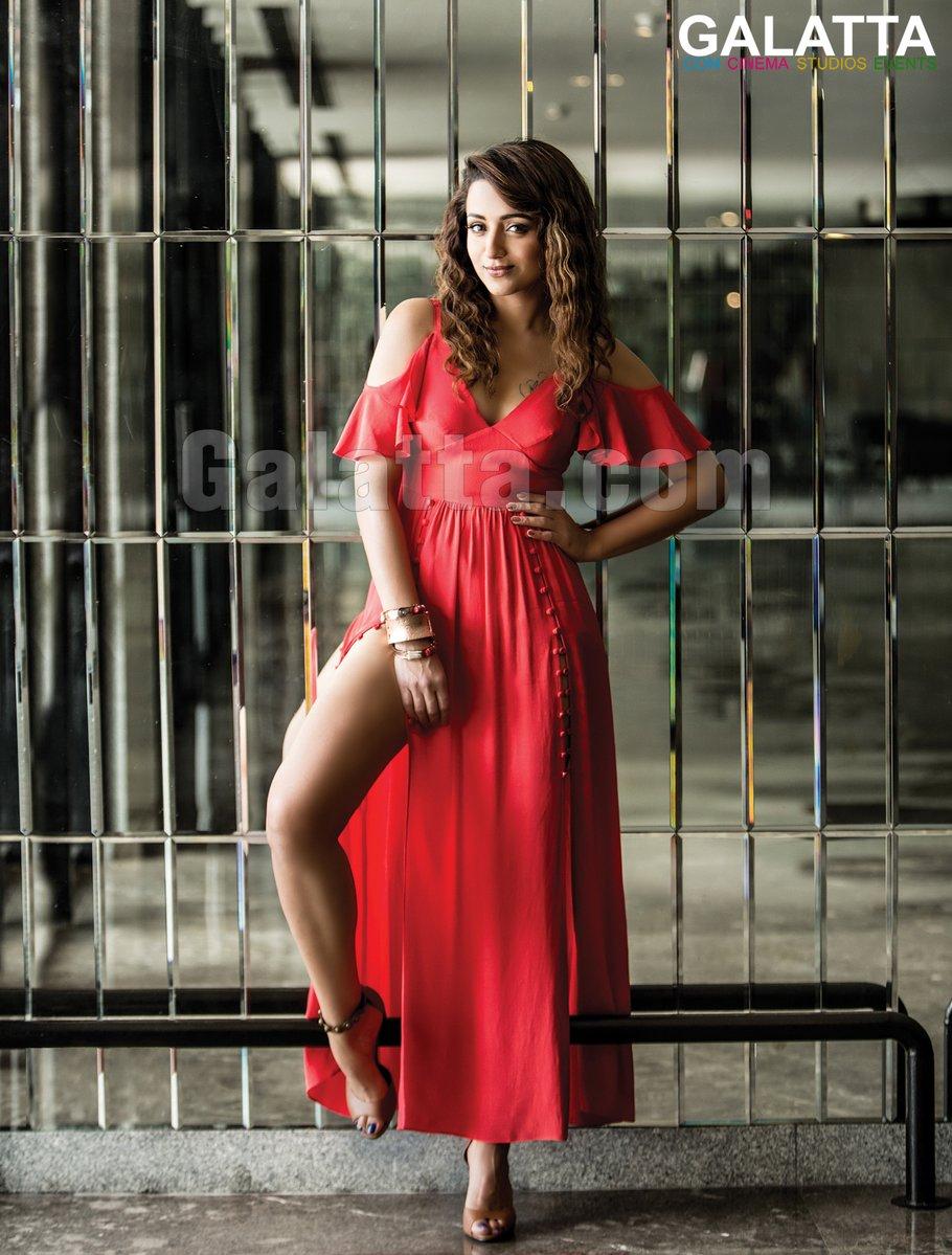 trisha krishnan photoshoot