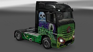 Mercedes MP4 Grave Digger