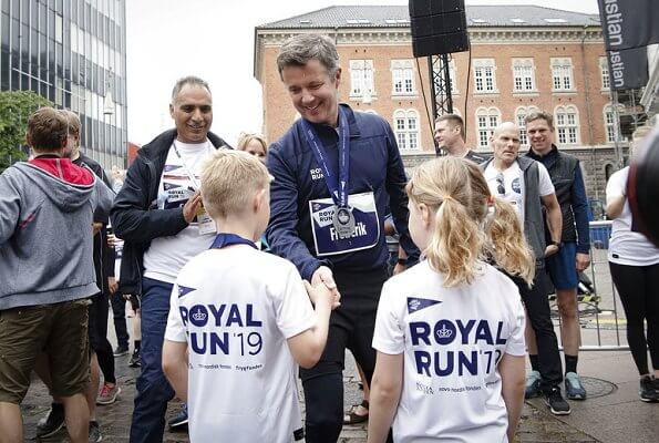 Prince Christian, Princess Josephine, Princess Isabella and Prince Vincent.Crown Princess Mary and Crown Prince Frederik